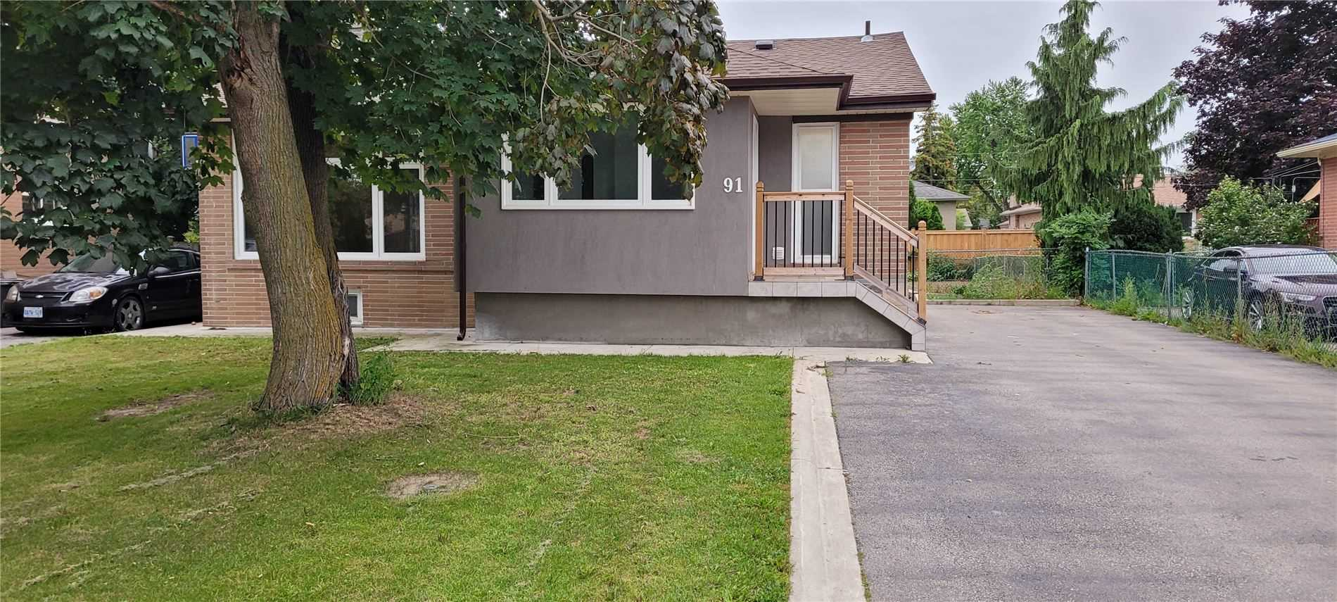 pictures of 91 Cartier Cres, Richmond Hill L4C2N3