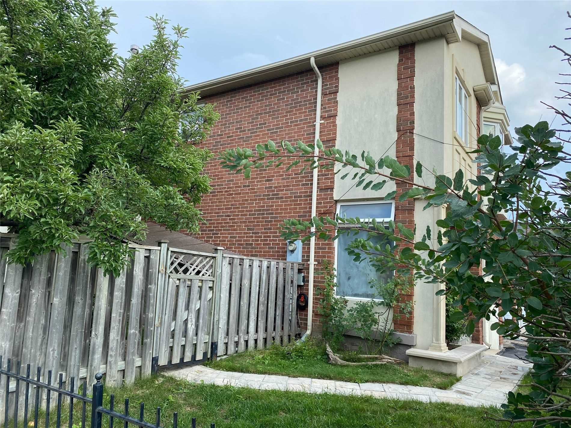pictures of 63 Thurman Rd, Vaughan L4J6S6