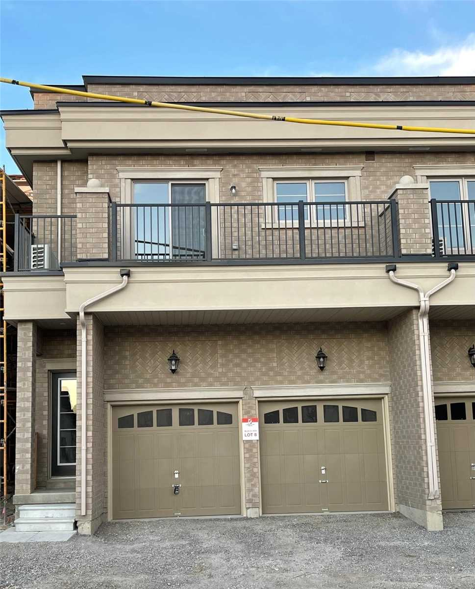pictures of 9444 Bayview Ave, Richmond Hill L4C5G9