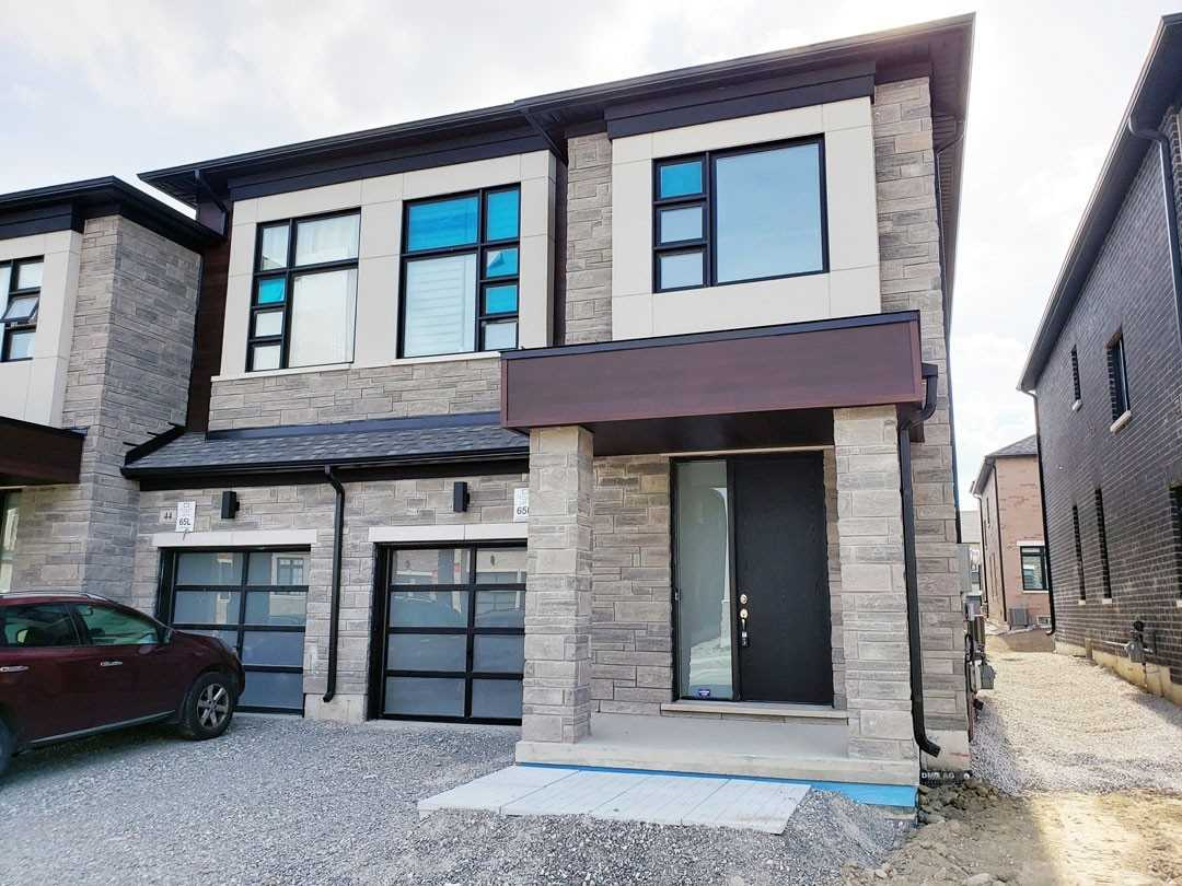 pictures of 46 Brookfam St, Richmond Hill L4S0H4