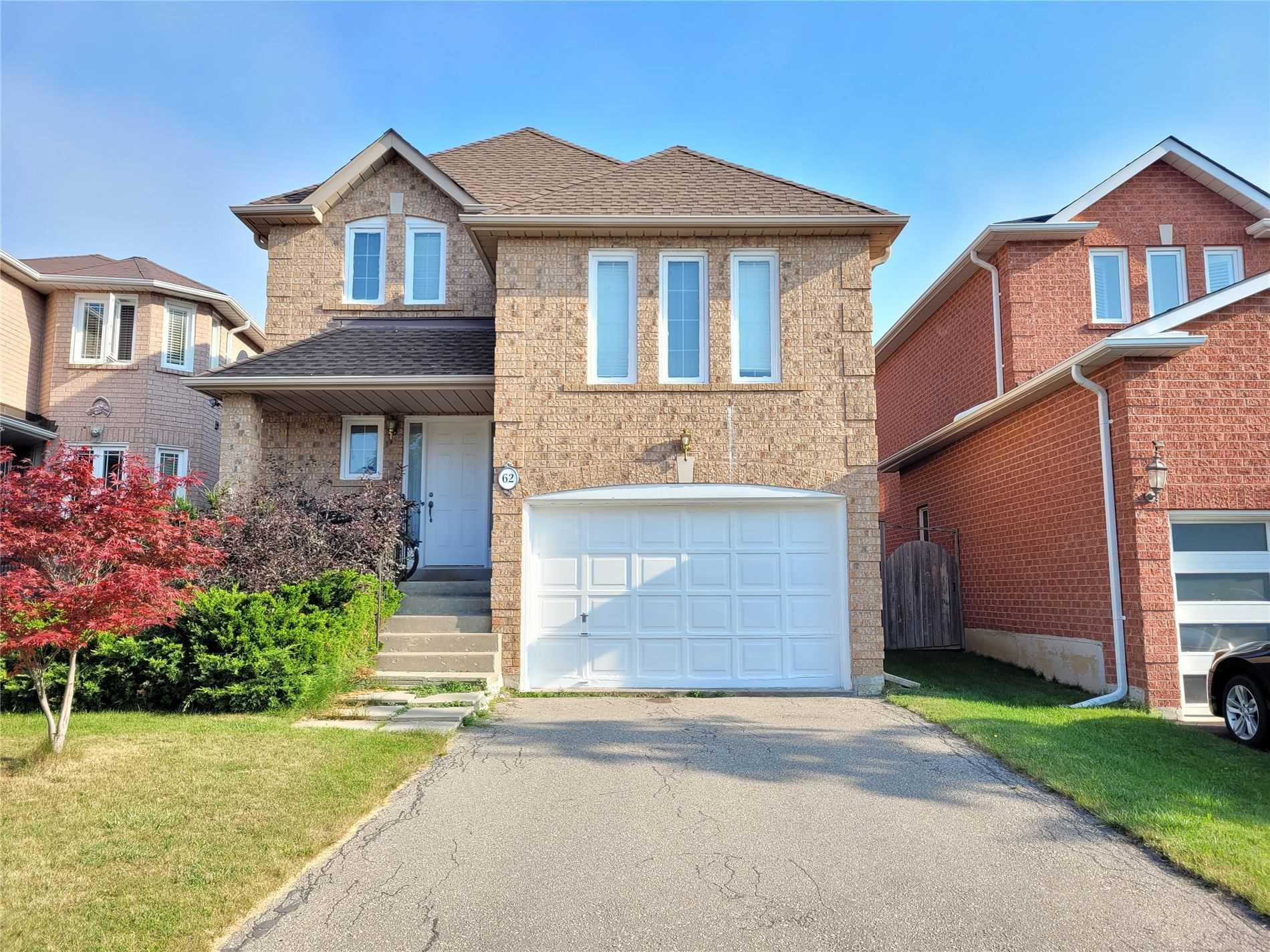 pictures of 62 Sweet Water Cres, Richmond Hill L4S2B2