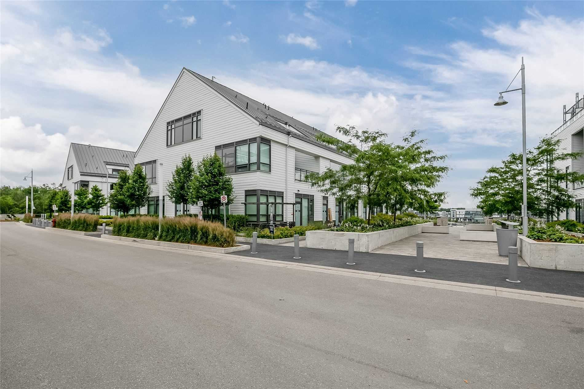 pictures of 247 Broward Way, Innisfil L9S0M2