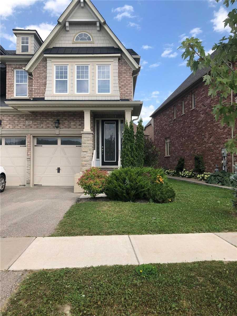 pictures of 35 Spring Hill Dr, King L7B0B4