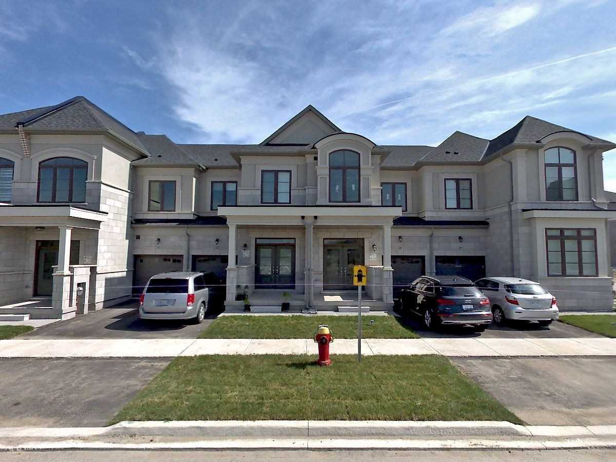 pictures of 61 Bawden Dr, Richmond Hill L4S0H2