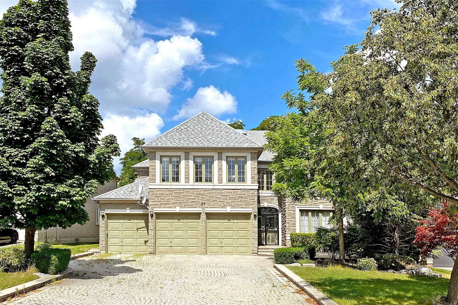 pictures of 57 Cassandra Cres, Richmond Hill L4B4A1