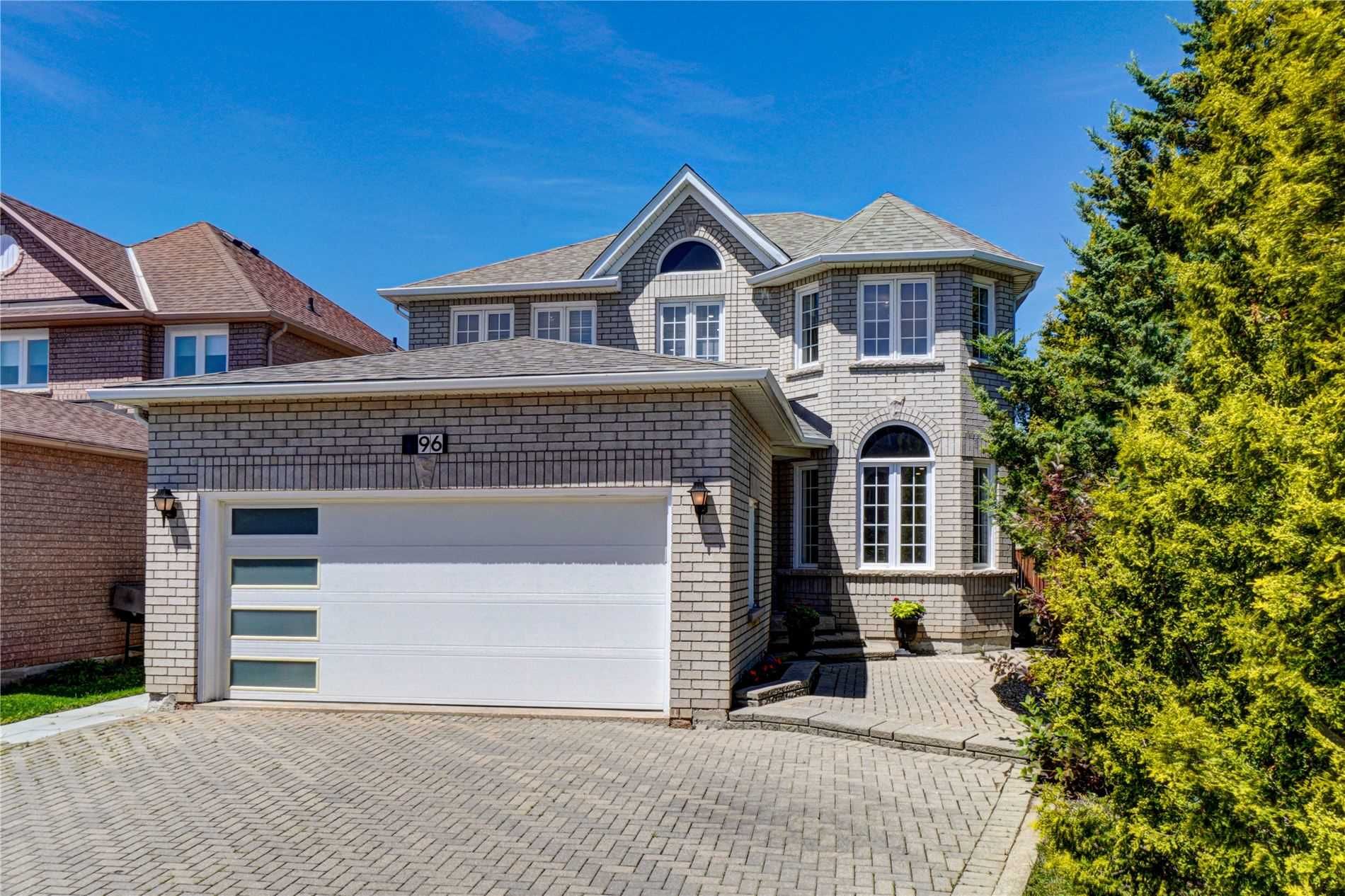 pictures of 196 Humberland  Dr, Richmond Hill L4E3T3