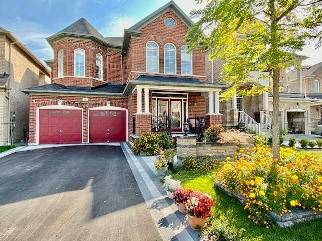 pictures of 66 Juglans Cres, Whitchurch-Stouffville L4A1S5