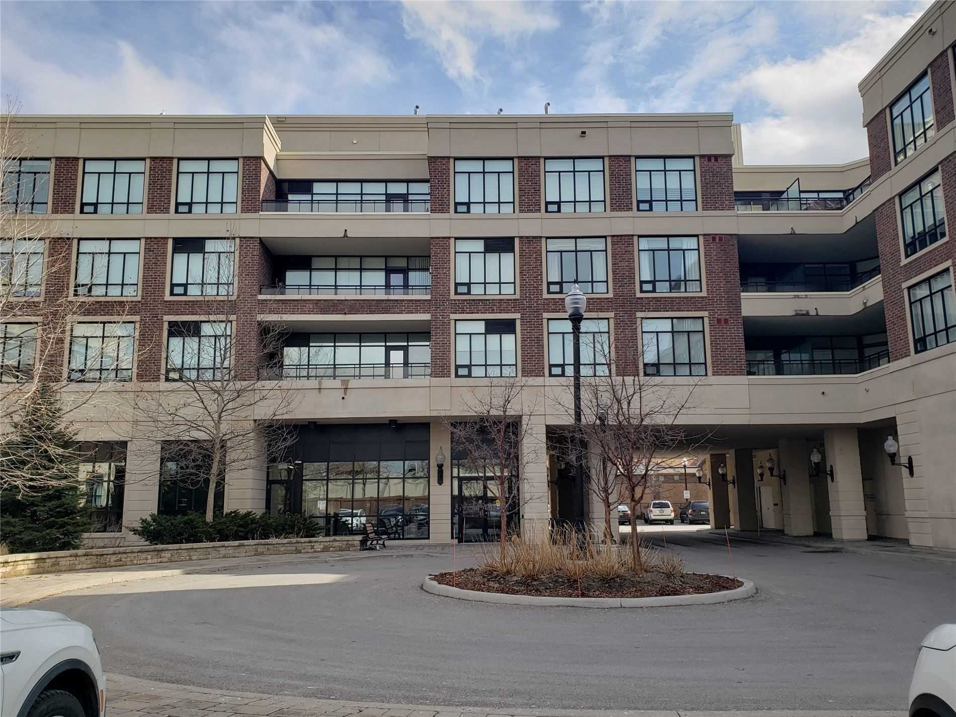 pictures of 2396 Major Mackenzie Dr W, Vaughan L6A4Y1