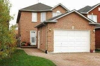 pictures of 47 Newmill Cres, Richmond Hill L4C9T6