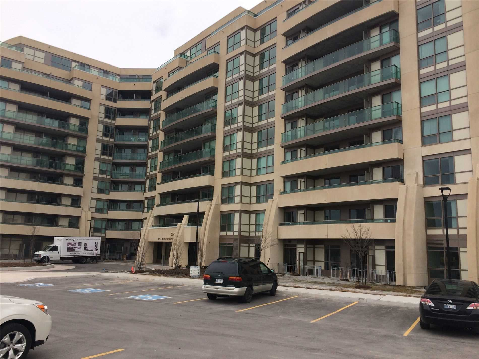 pictures of 75 Norman Bethune Ave, Richmond Hill L4B0C3