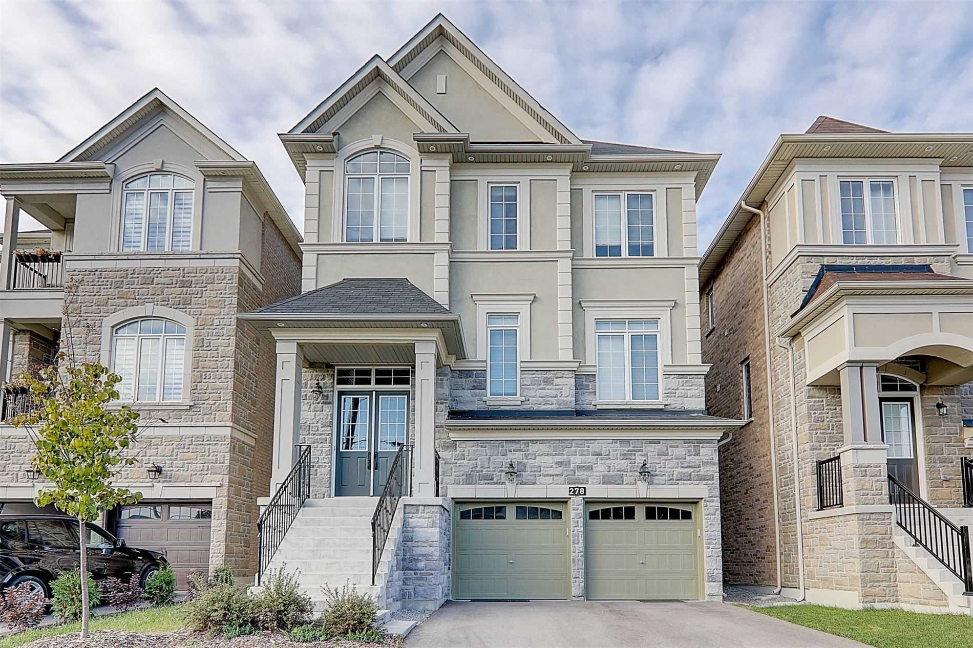 pictures of 278 Oxford St, Richmond Hill L4C7V8