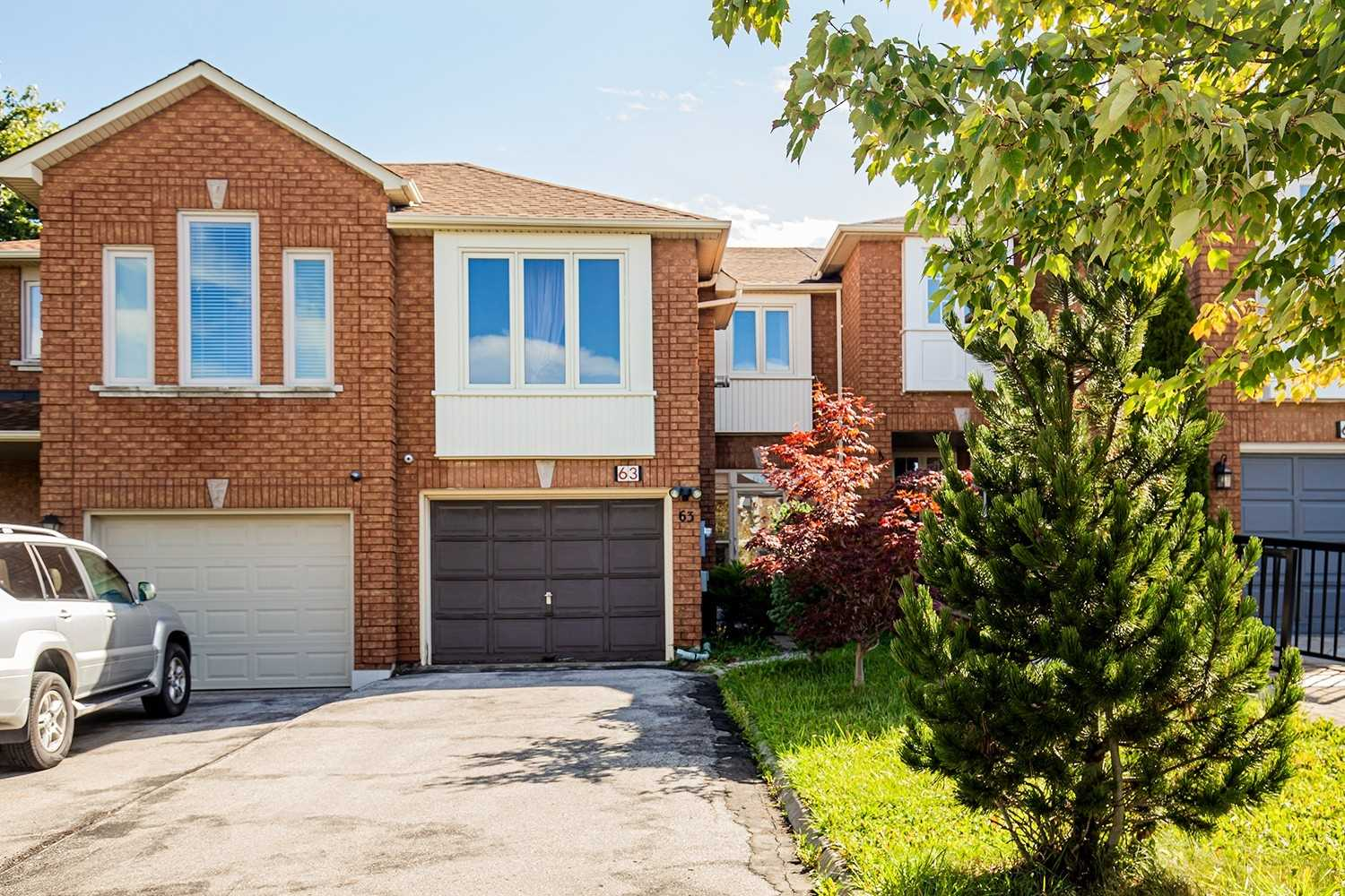 pictures of 63 Bridlepath St, Richmond Hill L4S1V6