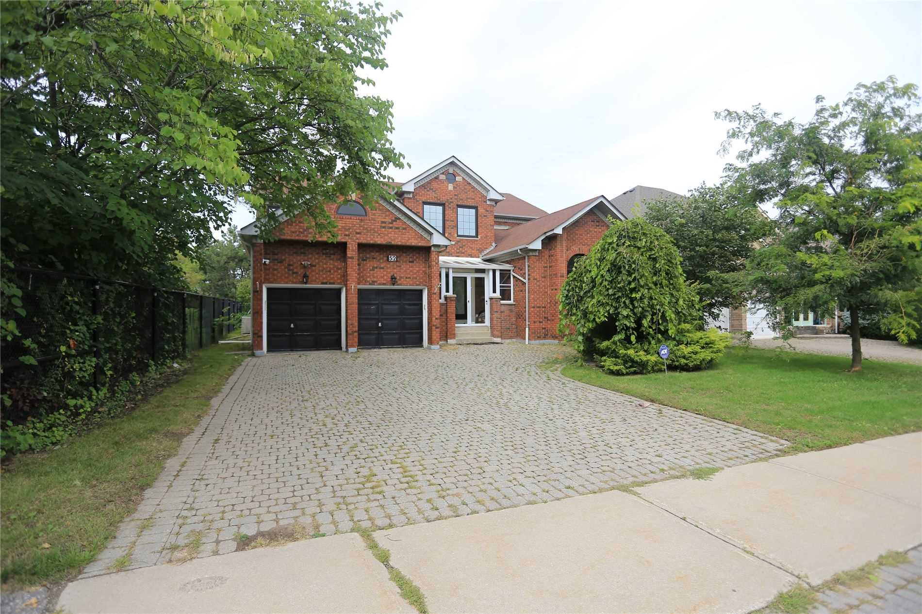 pictures of 52 Chadwick Cres, Richmond Hill L4B2W1