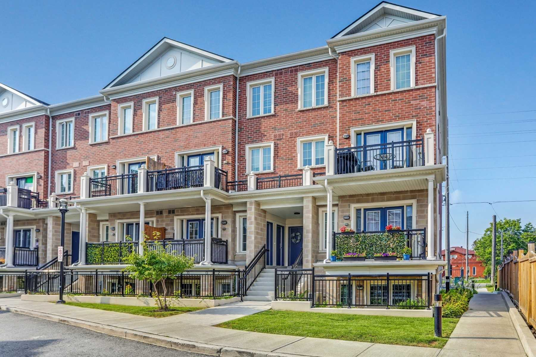 pictures of 26 Bruce St, Vaughan L4L0H4