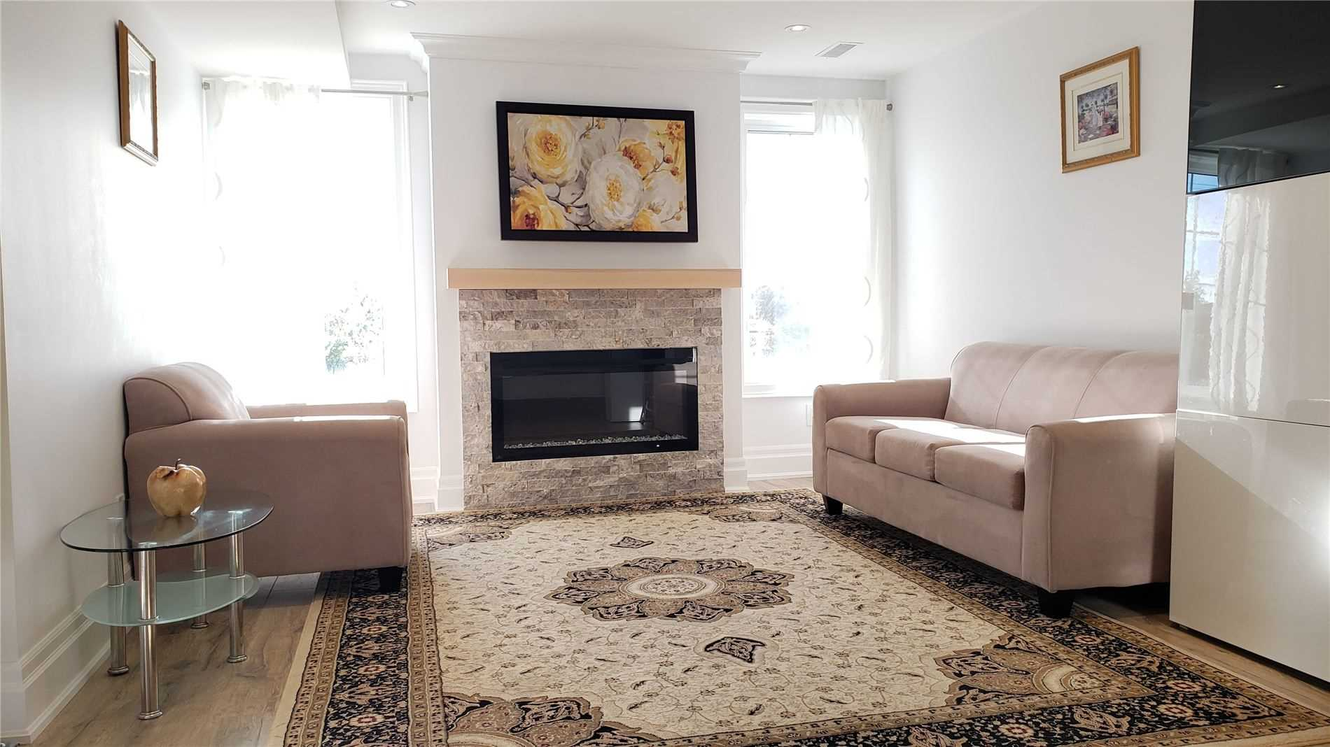pictures of 203 Armstrong Cres, Bradford West Gwillimbury L3Z0L3