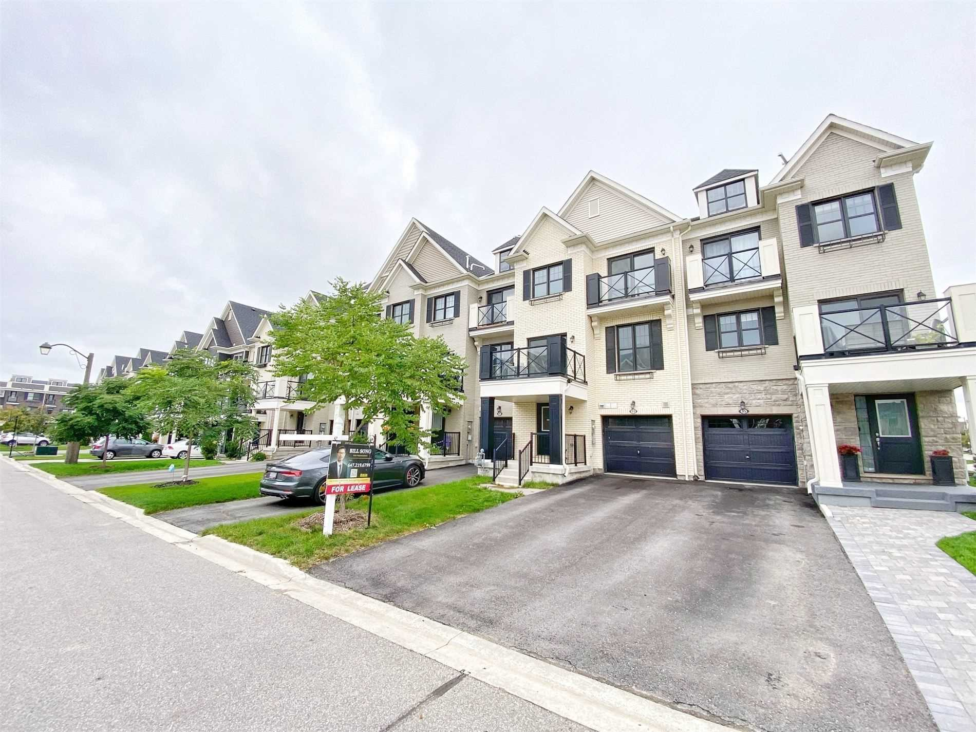 pictures of 51 Wimshaw Lane, Whitchurch-Stouffville L4A1Y5