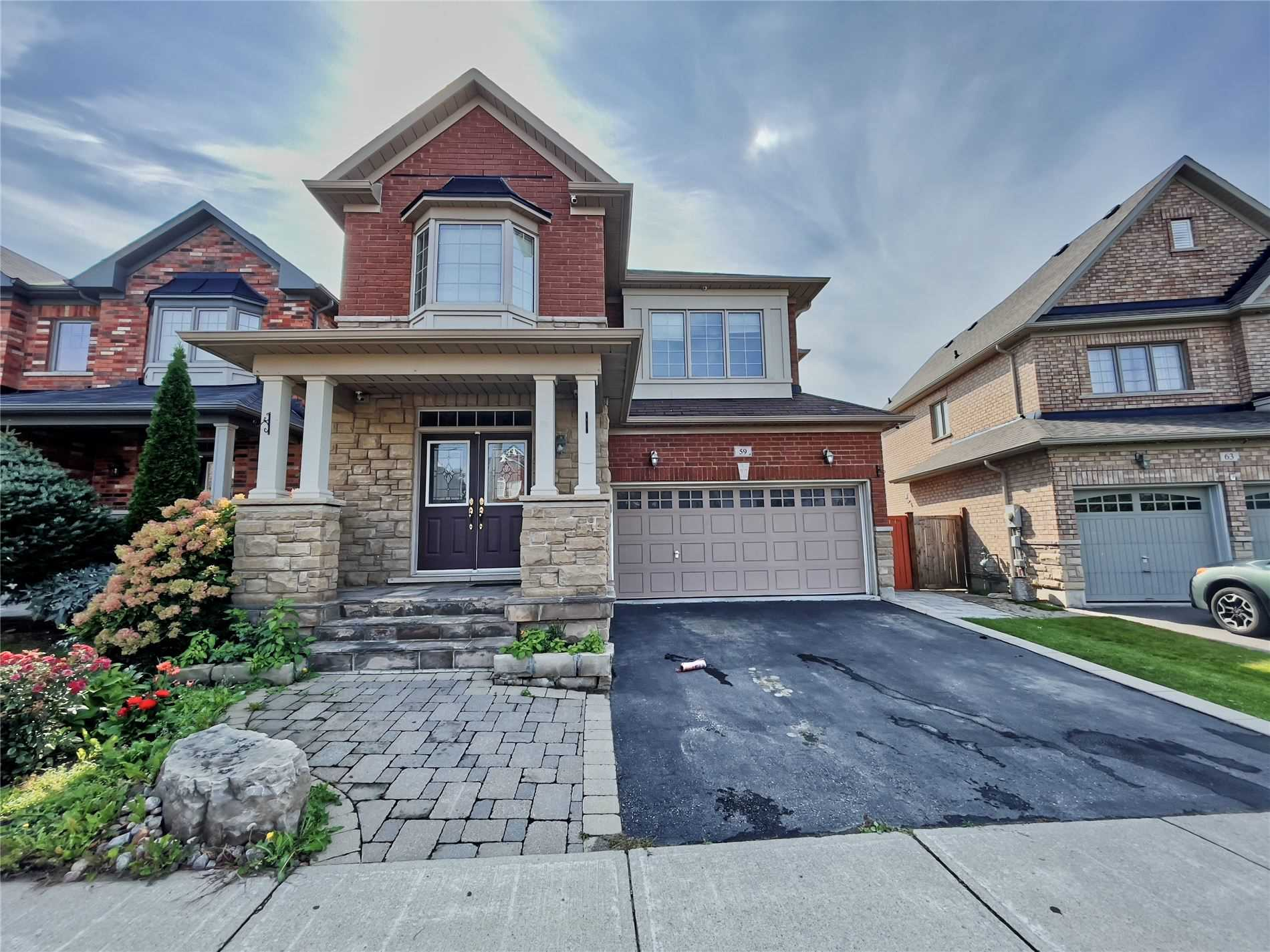 pictures of 59 Filbert Crt, Whitchurch-Stouffville L4A0R7