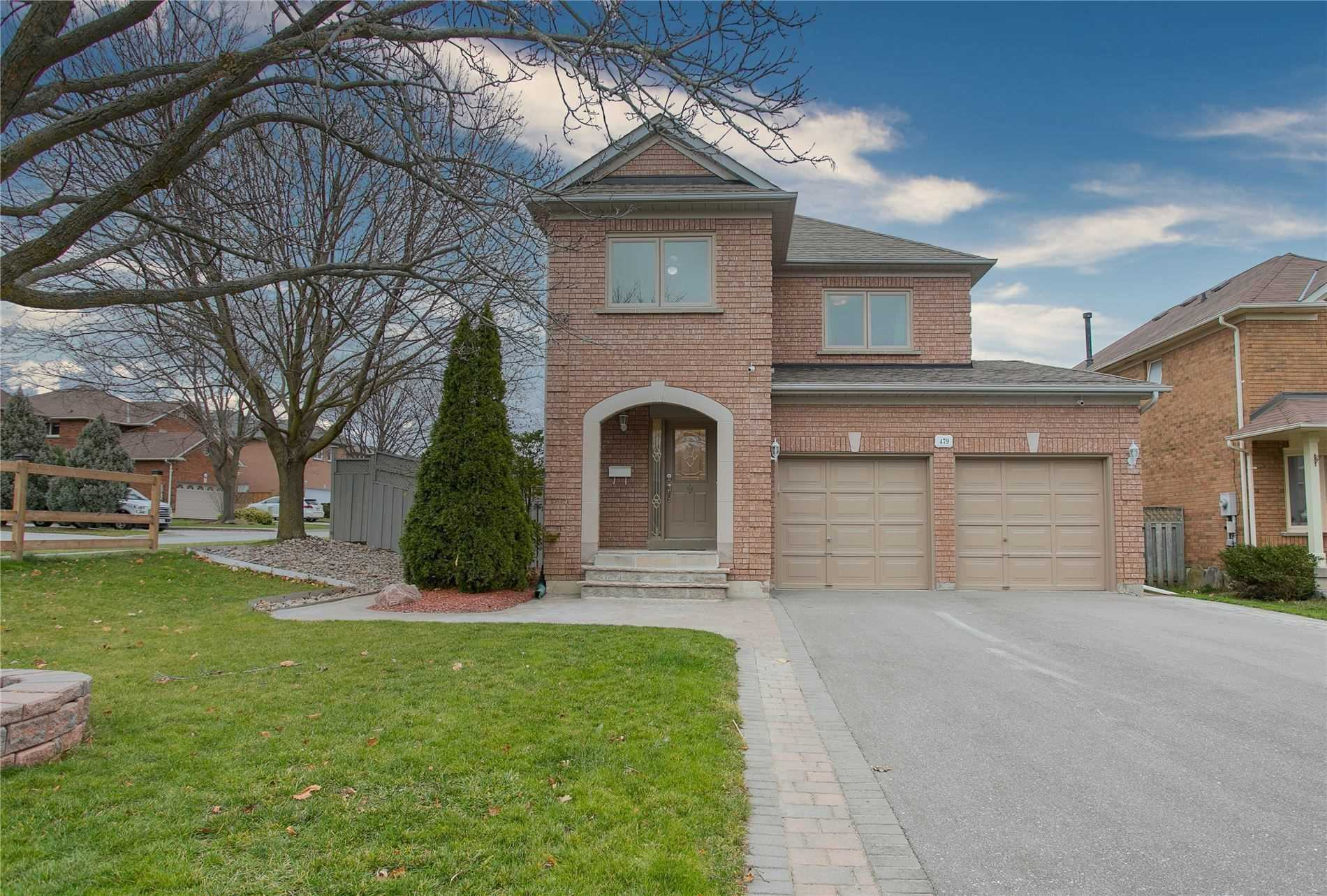 pictures of 479 Blackstock Rd, Newmarket L3Y8H6