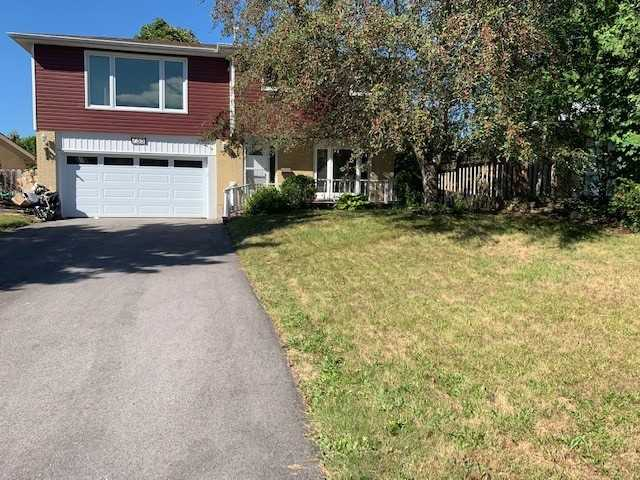 pictures of 755 Greenfield Cres, Newmarket L3Y3B2