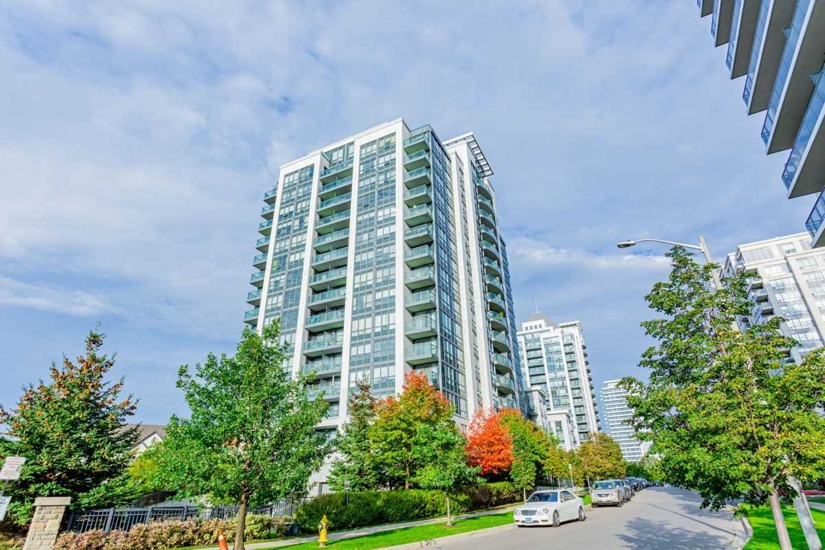 pictures of 30 North Park Rd, Vaughan L4J0G7