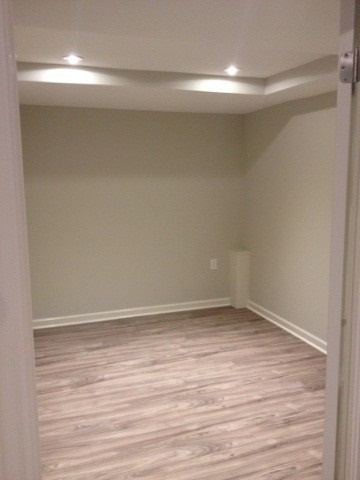 pictures of 18 Corkwood Cres, Vaughan L6A3B9
