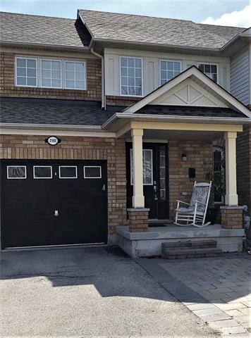 pictures of house for sale MLS: O4433255 located at 2190 Amberglen Crt, Oakville L6M 4W8
