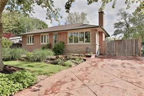 pictures of house for sale MLS: O4495043 located at 207 Mohawk Rd, Oakville L6L2Z1