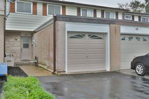 pictures of house for sale MLS: O4529994 located at 40 Onslow Crt, Oakville L6H1J2
