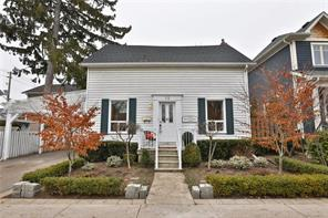 pictures of house for sale MLS: O4726627 located at 15 Head St, Oakville L6K1L3