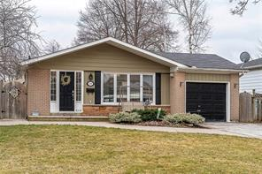 pictures of house for sale MLS: O4728287 located at 436 Withnell Cres, Oakville L6L3L9