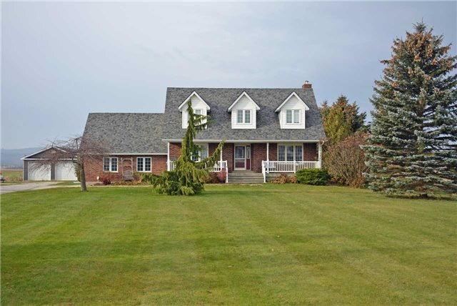 pictures of 1550 6 Concession Rd, Clearview L0M 1S0