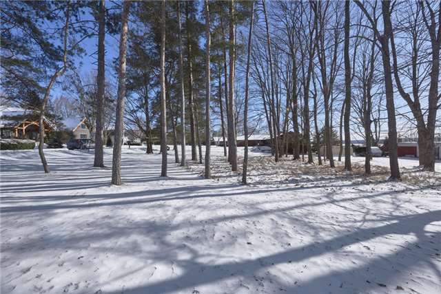 pictures of 27 Baycrest Dr, Oro-Medonte L4M7C4