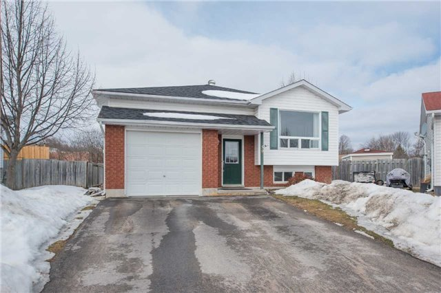pictures of 50 Courtney Cres, Orillia L3V7Y3