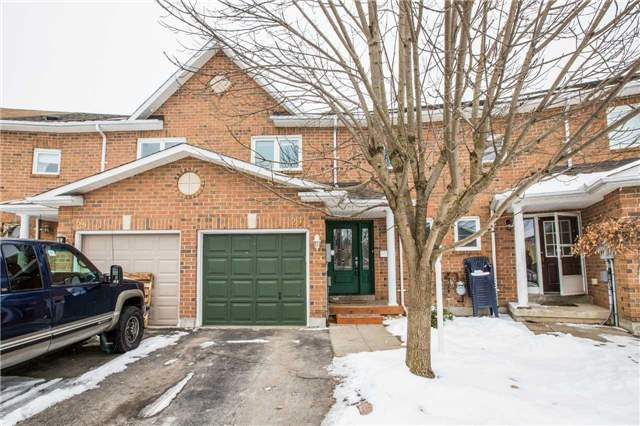 pictures of 27 Lyfytt Cres, Barrie L4N7X4