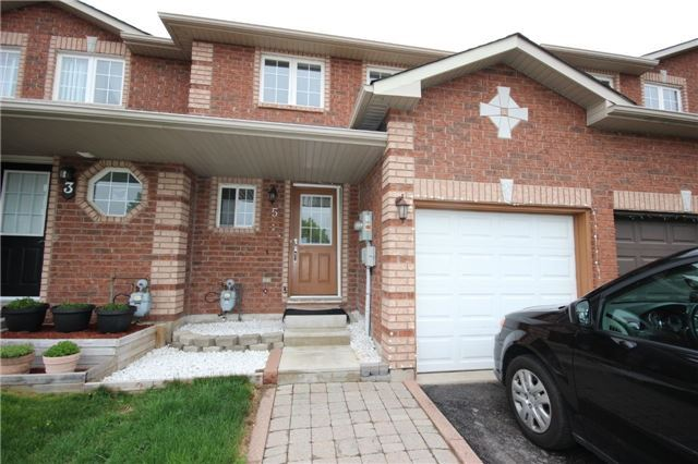 pictures of 5 Lee Cres, Barrie L4N9Z5