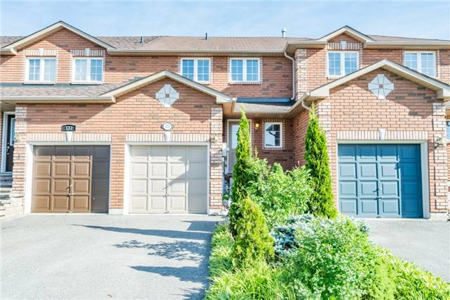 pictures of 135 Courtney Cres, Barrie L4N5S9