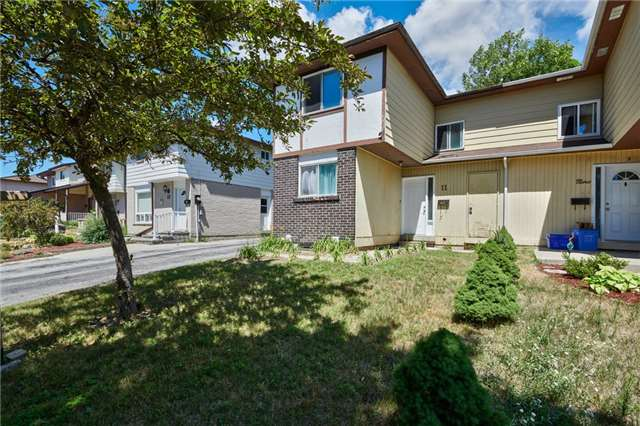 pictures of 11 Christie Cres, Barrie L4N4V2