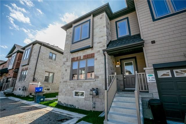 pictures of 29A Deneb St, Barrie L4M 0K6