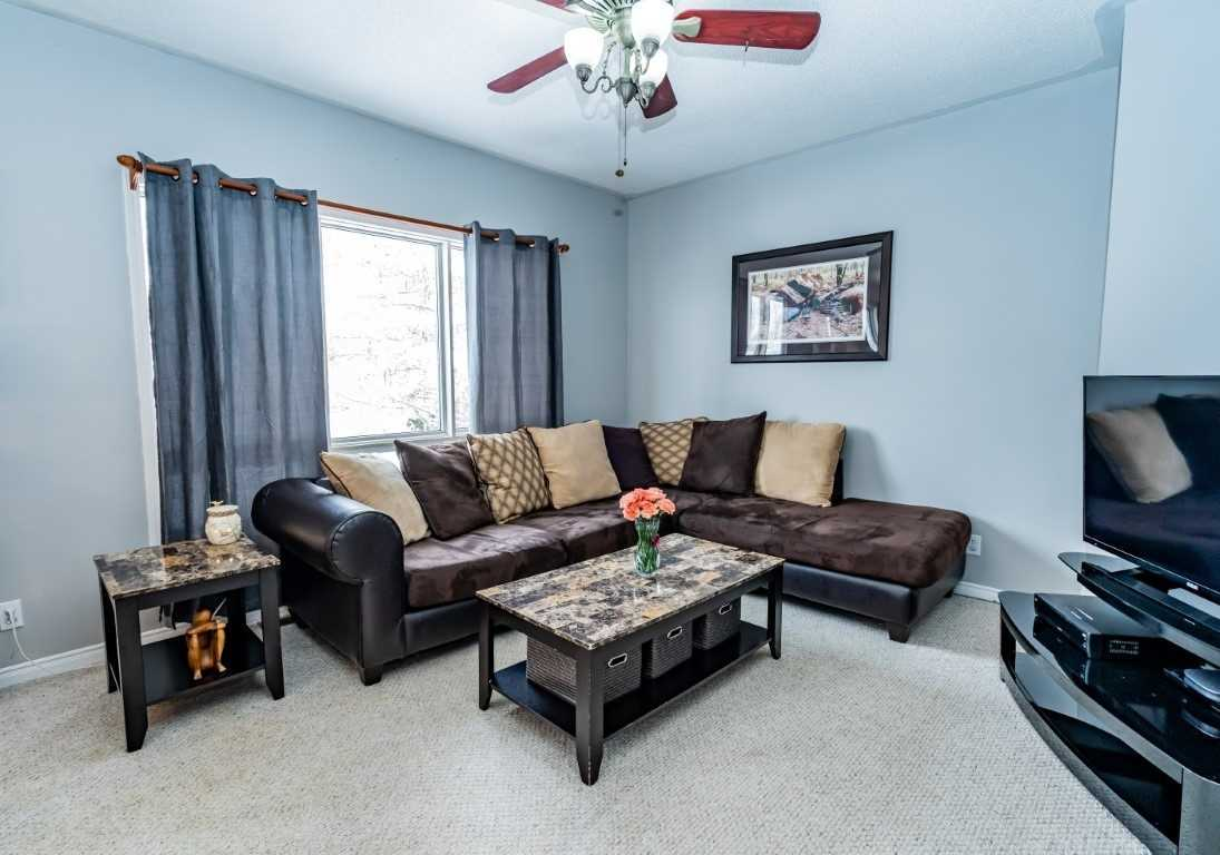 pictures of 9 Parkway Dr, Clearview L0M1N0