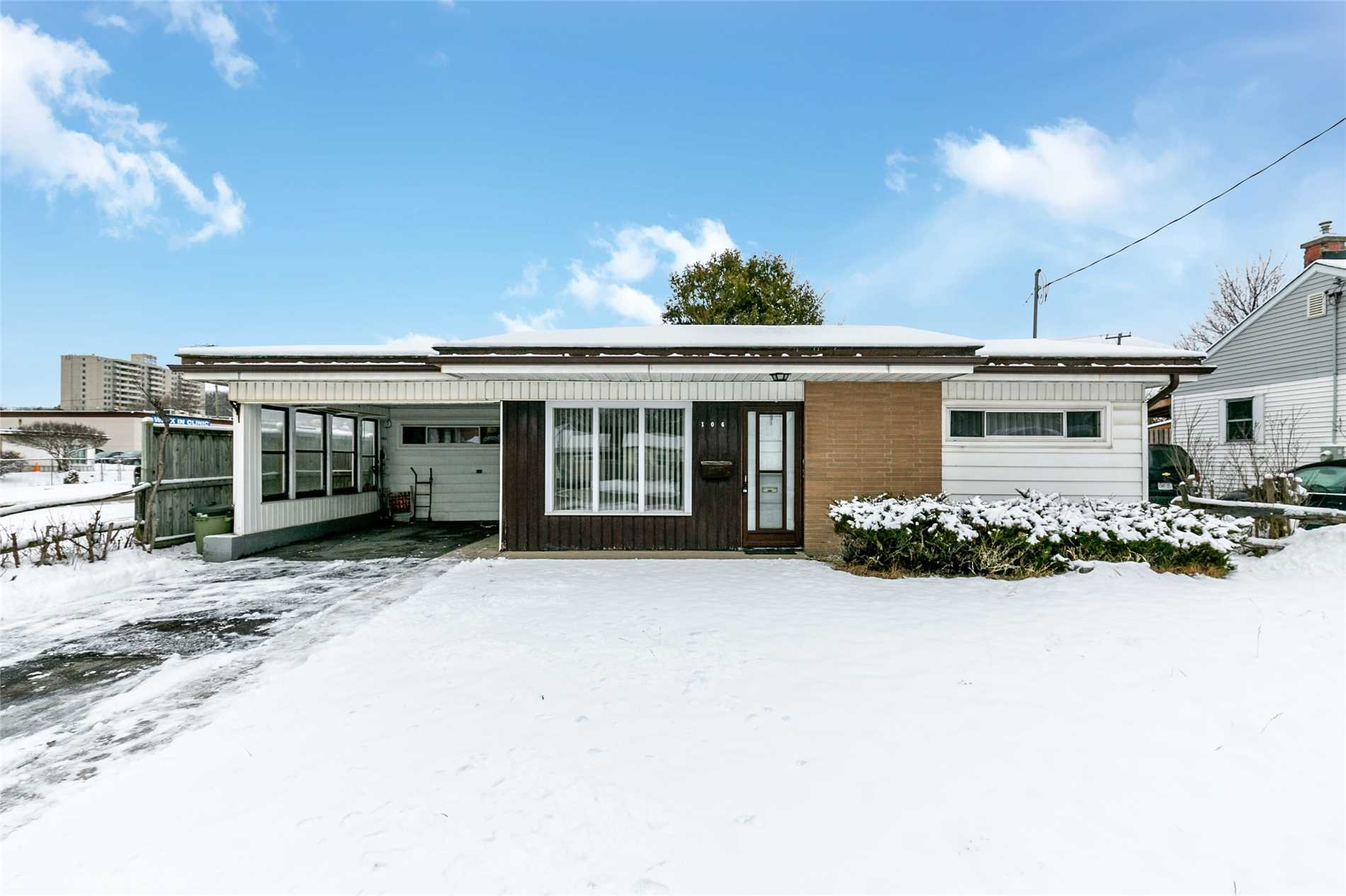 pictures of 106 Donald St, Barrie L4N1E3