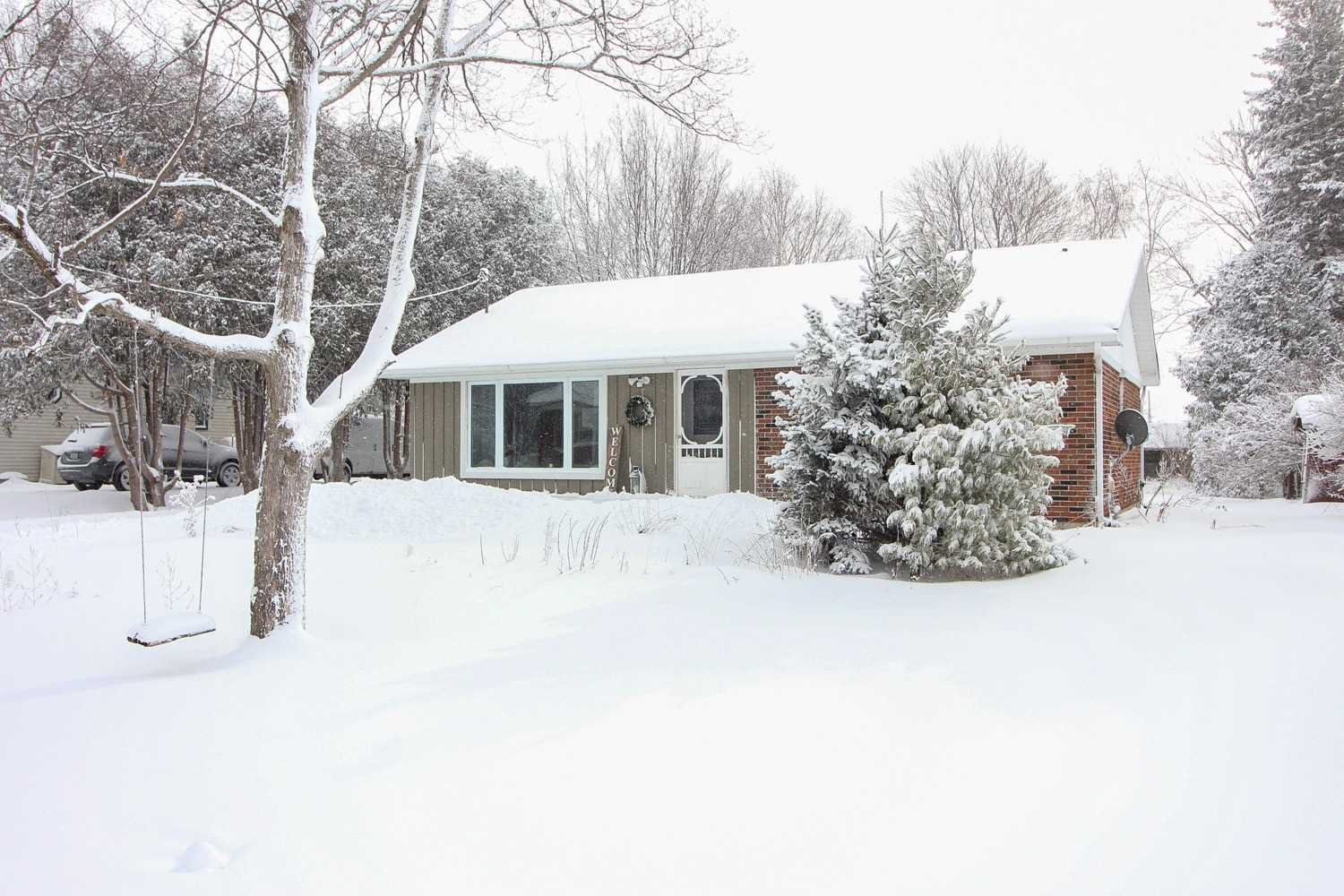 pictures of 2251 O'neill St, Ramara L0K 1B0