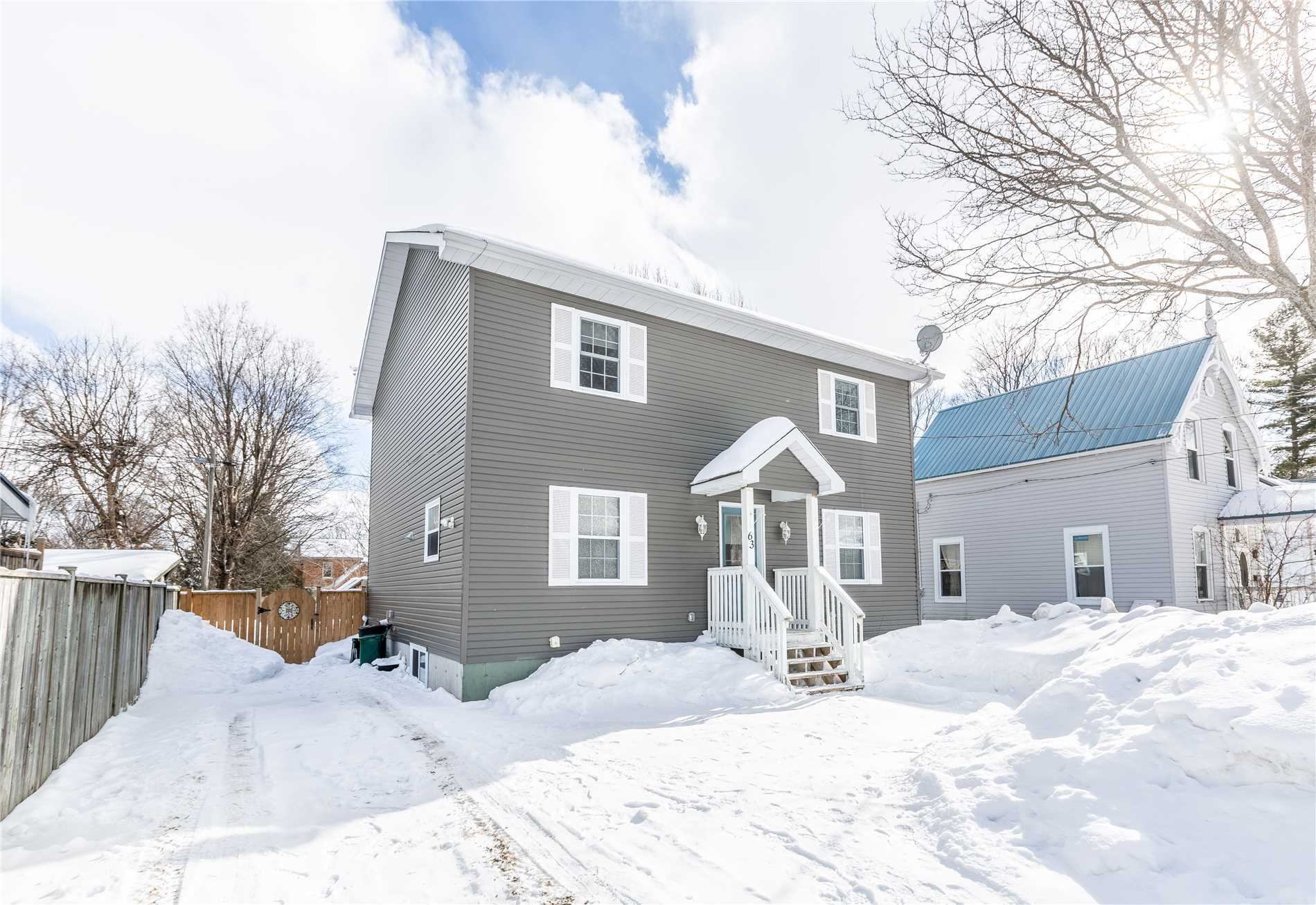 pictures of 63 Fowlie St, Orillia L3V2B2