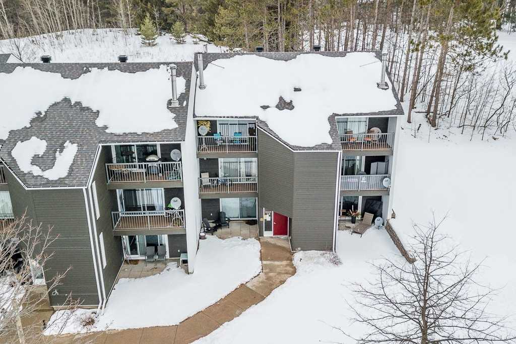 pictures of 1102 Horseshoe Valley Rd W, Oro-Medonte L4M4Y8