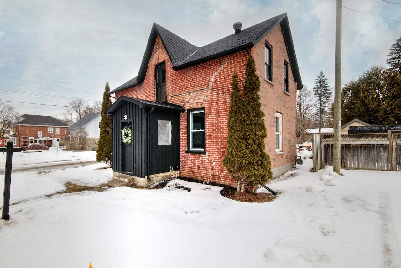 pictures of house for sale MLS: S4696126 located at 3 Amelia St, Springwater L0L1P0