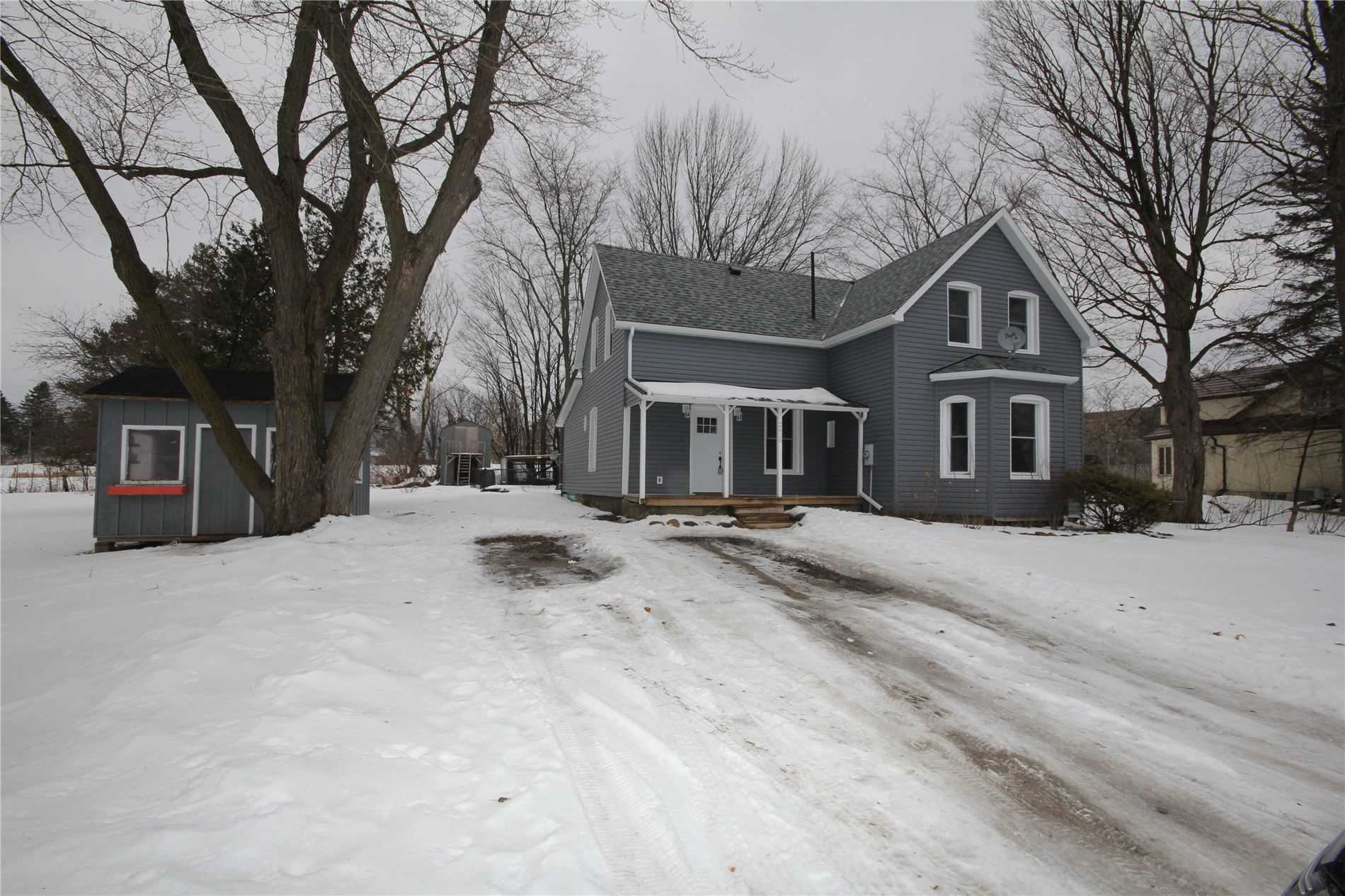 pictures of house for sale MLS: S4696882 located at 2620 Ski Trails Rd, Oro-Medonte L4M4Y8