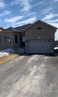 pictures of house for sale MLS: S4716355 located at 53 Hatton Dr, Penetanguishene L9M0V6