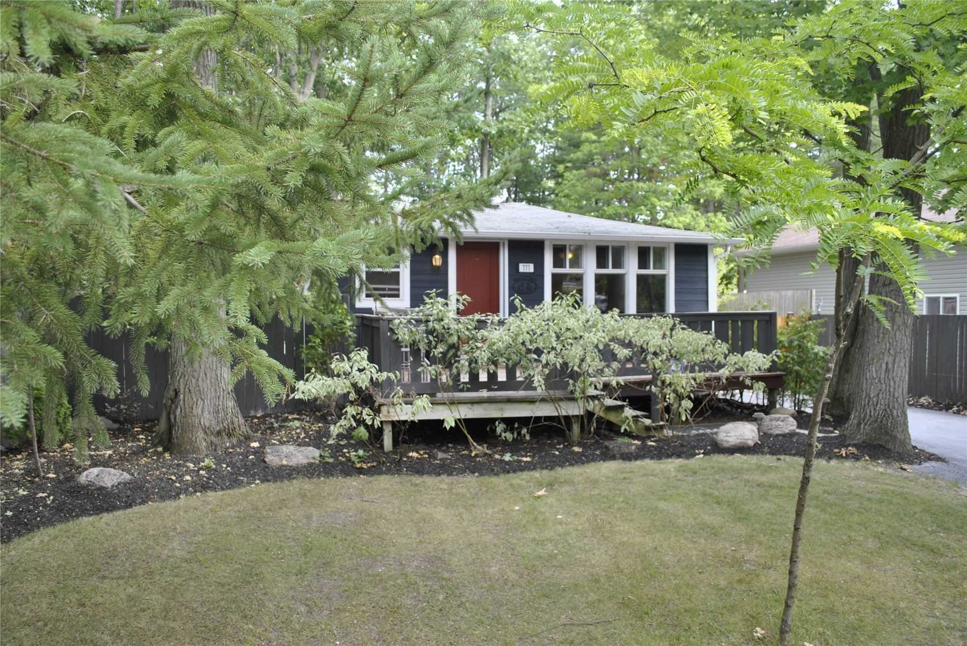 pictures of house for sale MLS: S4716509 located at 777 Oxbow Park Dr, Wasaga Beach L9Z2V3