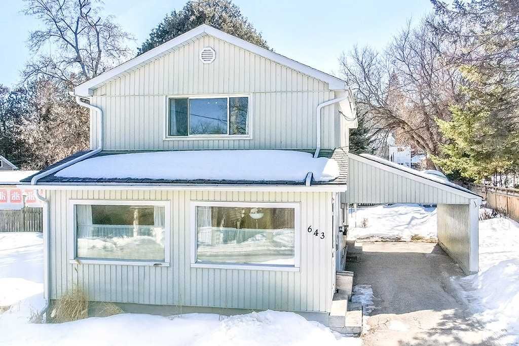 pictures of house for sale MLS: S4719423 located at 643 Montreal St, Midland L4R1G3