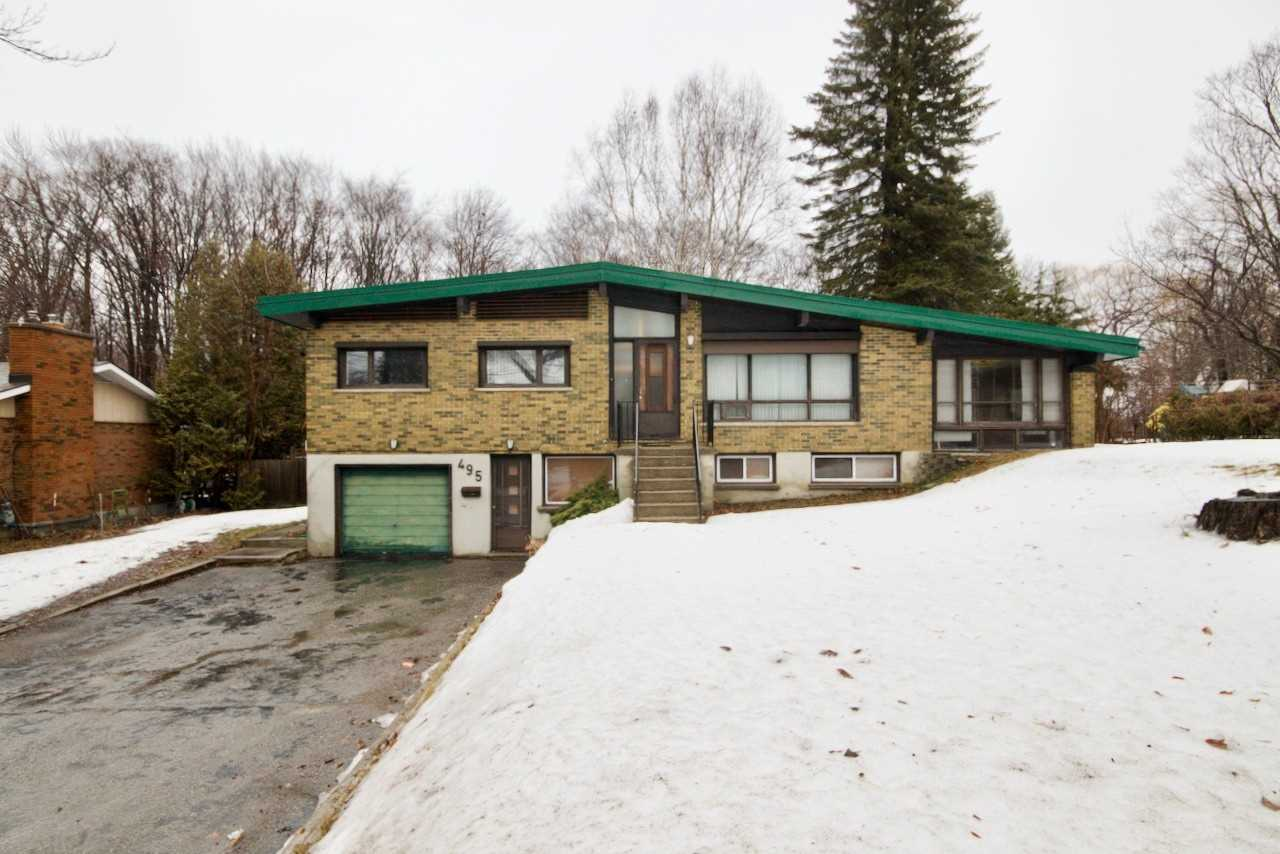pictures of house for sale MLS: S4720380 located at 495 William St, Midland L4R2S7