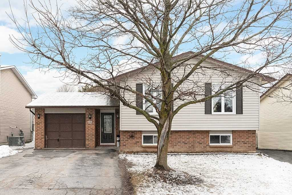 pictures of house for sale MLS: S4729323 located at 17 Korlea Cres, Orillia L3V7K3